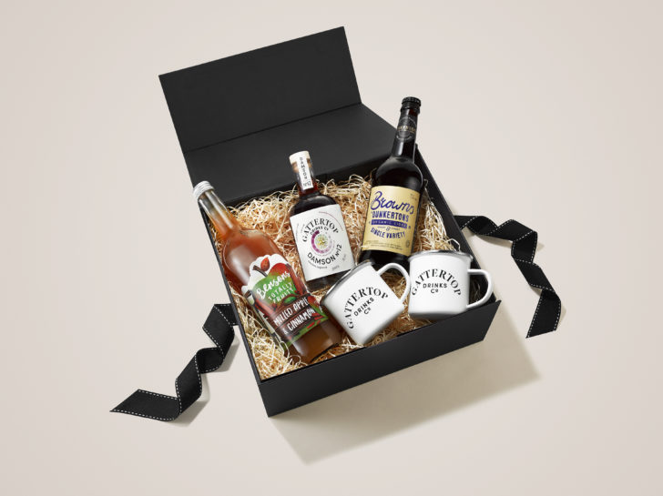 Damson 12 with Dunkertons Cider makes a perfect Entertaining Outdoors Christmas Hamper
