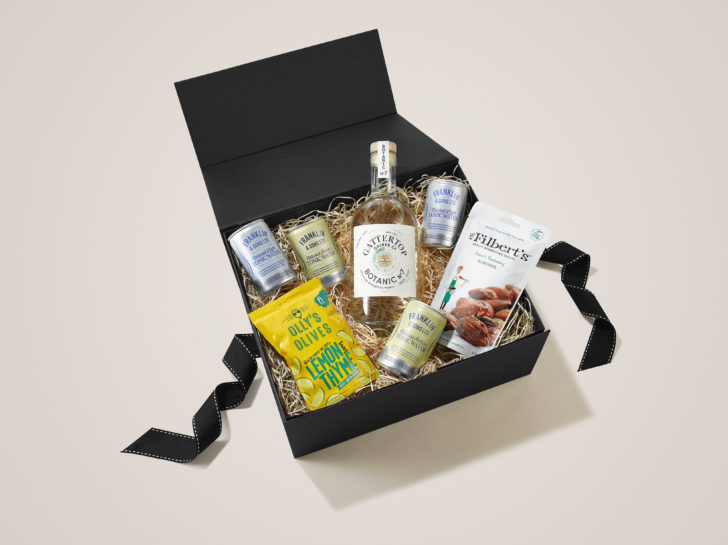 Botanic 7 with a range of Franklin tonics make the perfect Pre-Drinks Christmas Hamper